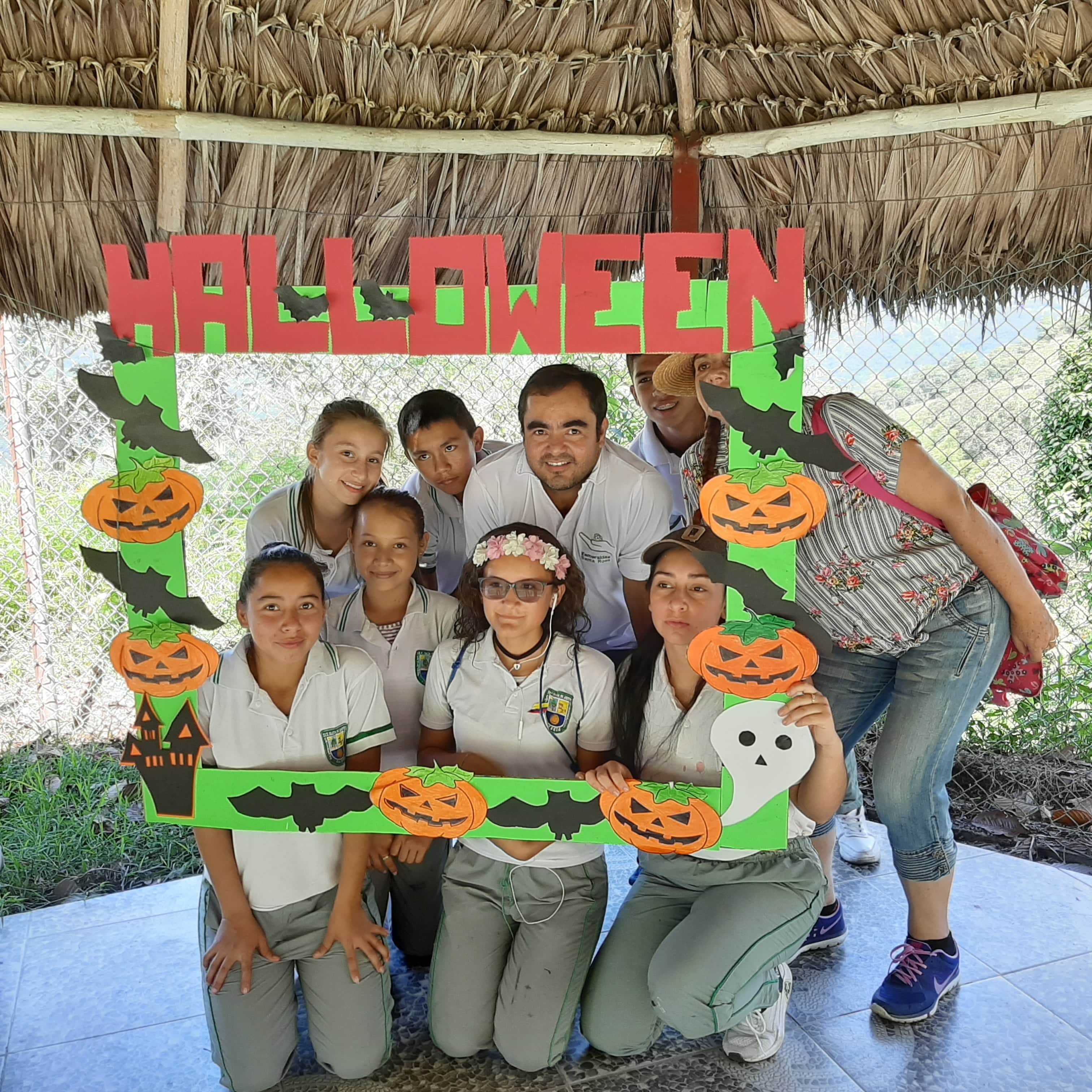 Celebración del Día Dulce para niños de la I.E. Técnica Zulia