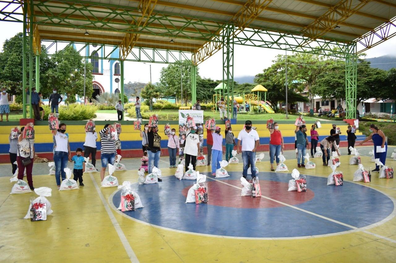 Las actividades de cierre de año de Esmeraldas Santa Rosa y Fundación Santa Rosa